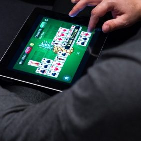 Microgaming Online Casinos And Online Casino Games In The UK