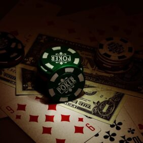 The Poker Conceal