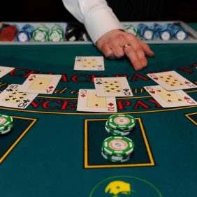 What Everybody Dislikes About Online Gambling And Why